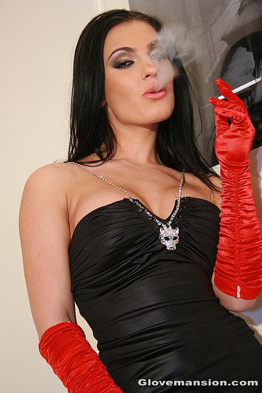 Lady sonia strip